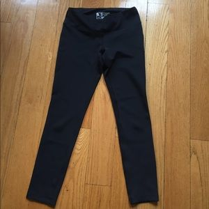 NWOT New Balance Black Workout Leggings Sz M